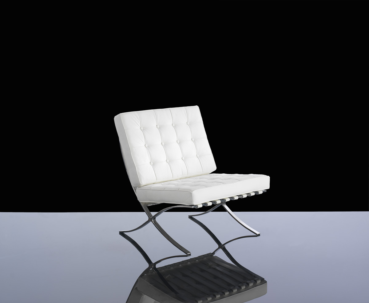 CLASSIC 710-1 WHITE LEATHER BARCELONA CHAIR