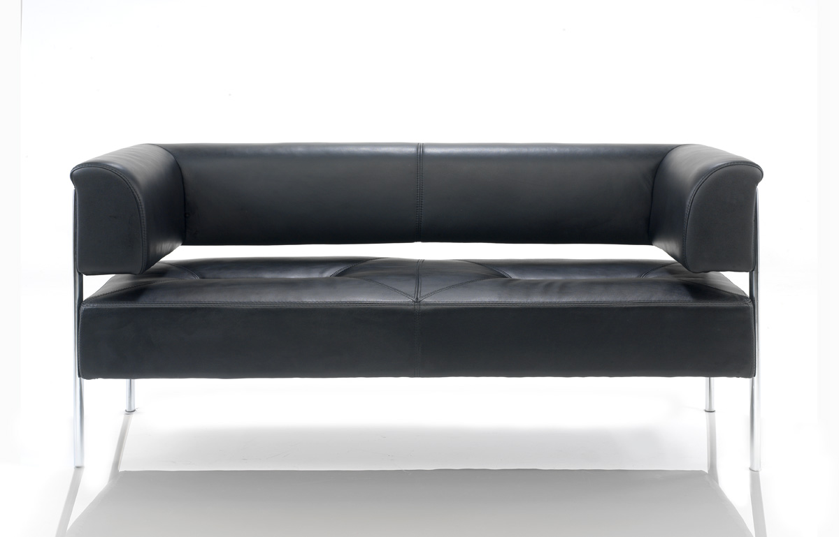 910-2 DESIGNER LEATHER RECEPTION SOFA